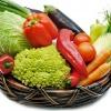 Cesta com alimentos saudáveis